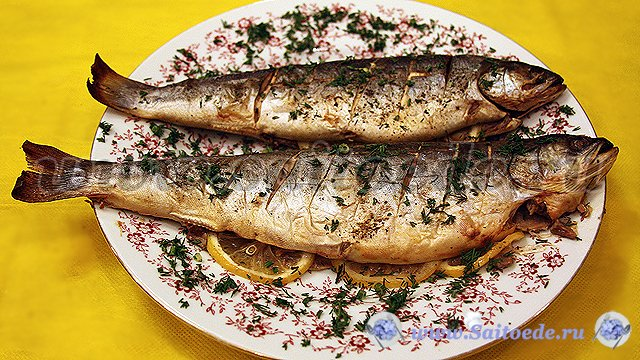 Рыба в духовке с лимоном