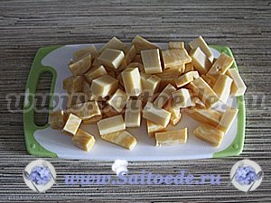 Канапе из фруктов с сыром